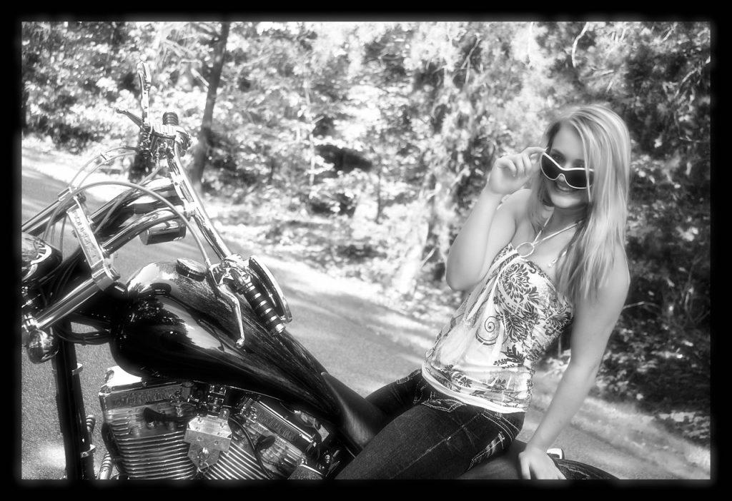 Être motarde et rester sexy, c'est possible !