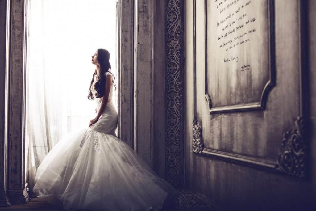 Comment bien choisir sa robe de mariée en fonction de sa morphologie?