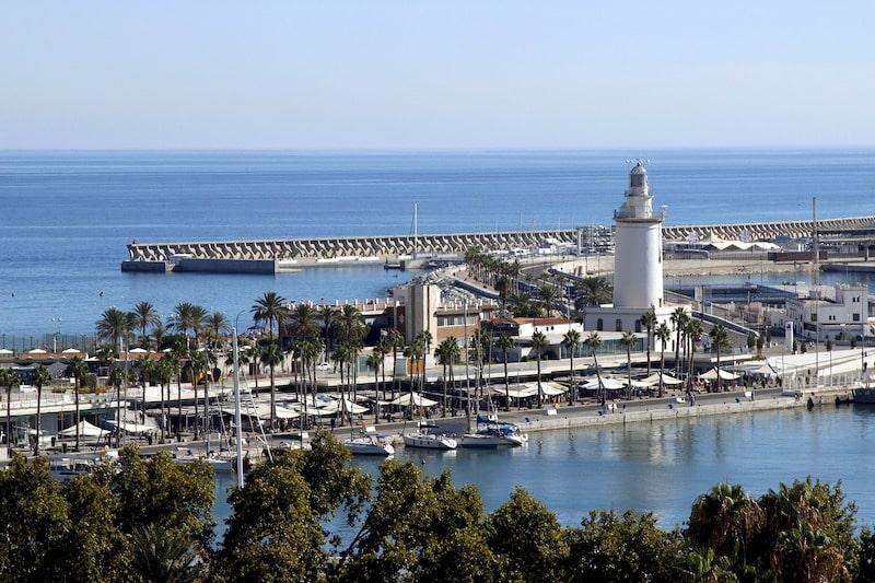 Vacances d'hiver en Espagne : idées de destinations pour un séjour sous le soleil !