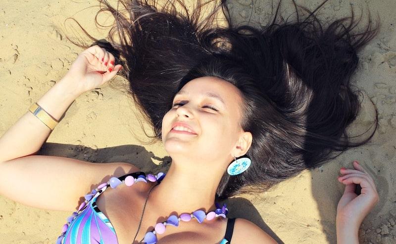 Bijoux de plage : zoom sur la tendance 2019