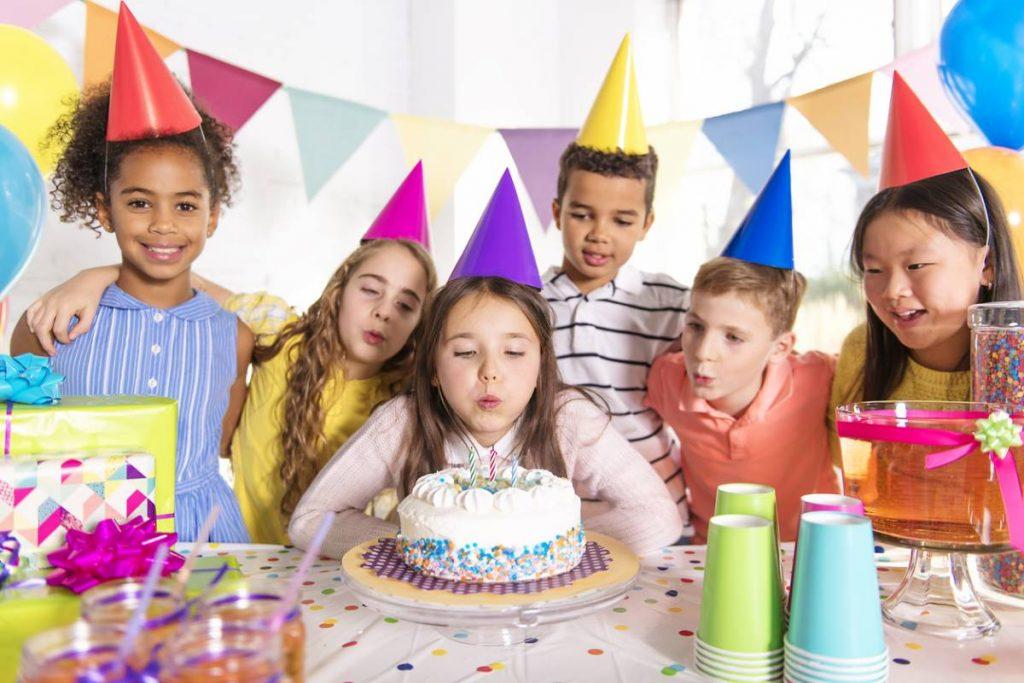 Comment bien préparer la fête d'anniversaire d'un enfant ?