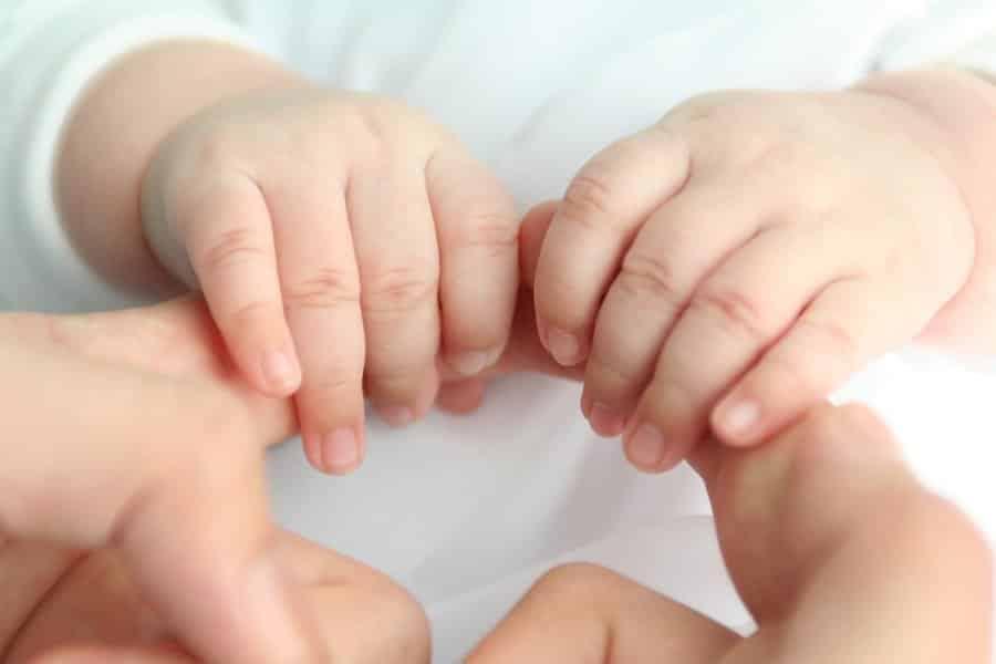 Congé maternité: dates, durée, méthodes de calcul et salaire