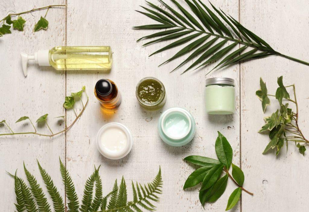 Pourquoi adopter la cosmétique et les produits de soin bio ?