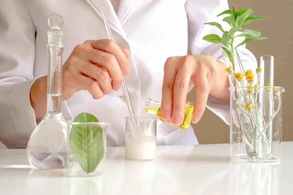 préparation de cosmétiques BIO