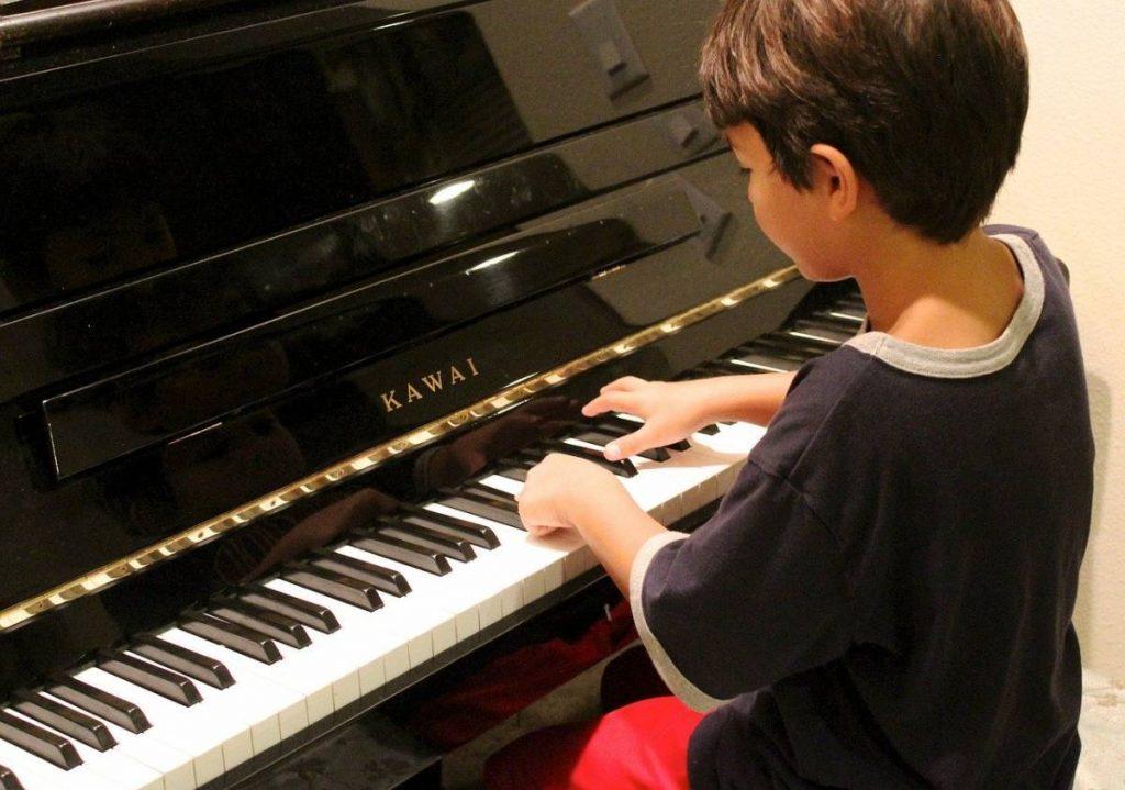 Comment éduquer bébé à la musique ?