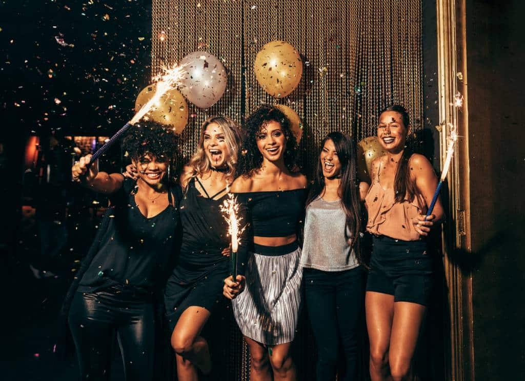 5 femmes dans un EVJF