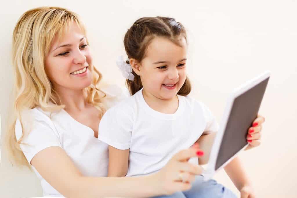 Les solutions pour protéger au mieux vos enfants des dangers du web