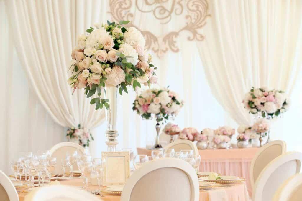 Mariage : les plus belles idées de décoration lumineuse